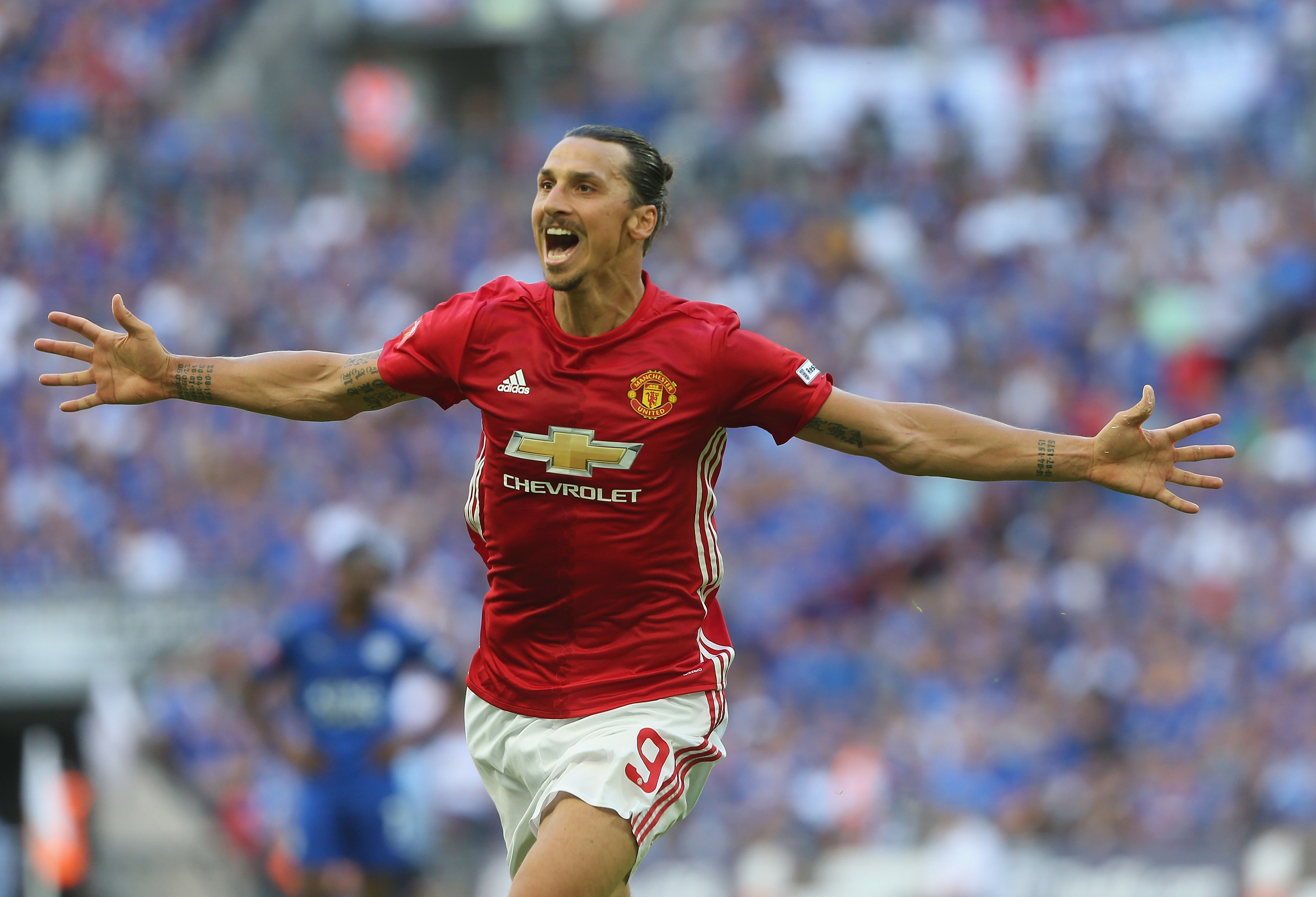 Zlatan scores for Man United